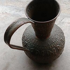 Vintage etched brass cooper vase floor pic…